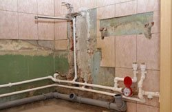 Замена старых труб в квартире, коттедже, на доче, доме, складе, помещении или офисе в городе Прокопьевск